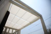白の天井カーテン