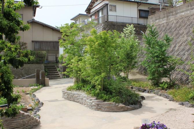 築山風ガーデン